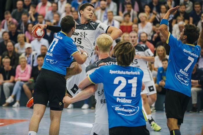 Goliath schlägt David bei fantastischer Stimmung!